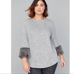 NWT Lane Bryant Hacci Top w/ Faux Fur Cuffs 14/16